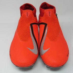 Nike Phantom Vision Elite Crimson Soccer Cleats